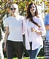 Lana_Del_Rey_with_Jamie_King_and_her_parents_in_LA_01122013_281529.JPG
